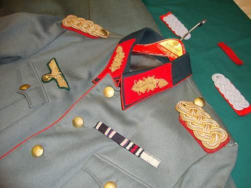Heer generals tunic and mantel !!