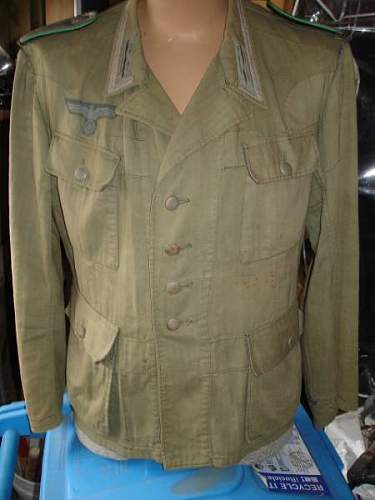 Click image for larger version.  Name:Geir tunic 1400.jpg Views:31 Size:28.8 KB ID:51708