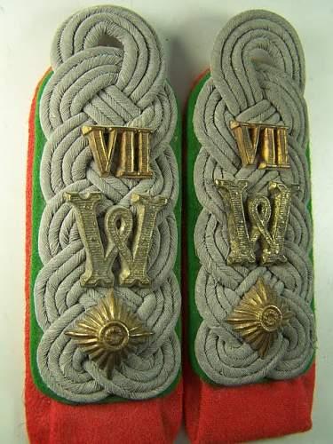 Wehrkreis VII (7) Bayern shoulder straps