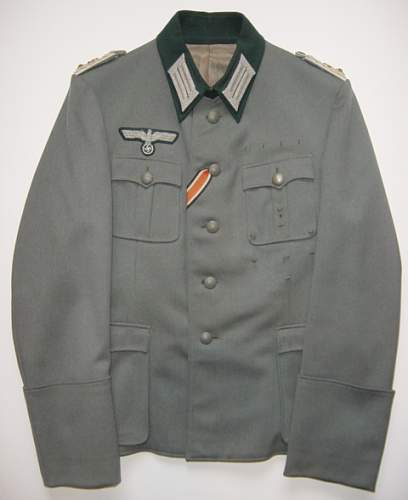 Click image for larger version.  Name:Heer Officers M1936 pattern tunic..jpg Views:566 Size:199.0 KB ID:56361