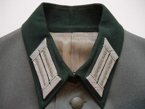 Click image for larger version.  Name:Heer Officers collar litzen..jpg Views:965 Size:158.3 KB ID:56365