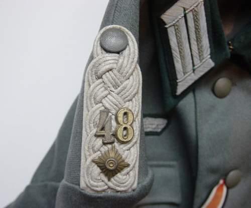 Click image for larger version.  Name:Heer Officers shoulder board..jpg Views:167 Size:230.6 KB ID:56366