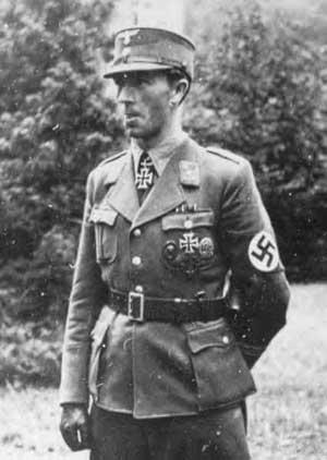 Army Hauptmann's Tunic, Knight's Cross recipient?