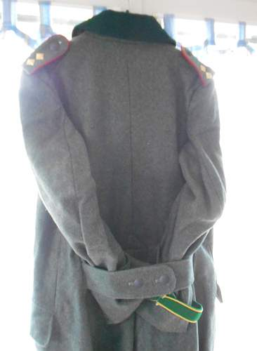 Click image for larger version.  Name:militaria 003.JPG Views:73 Size:223.1 KB ID:595866