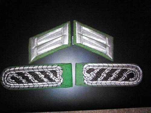 help with ID of shoulder boards