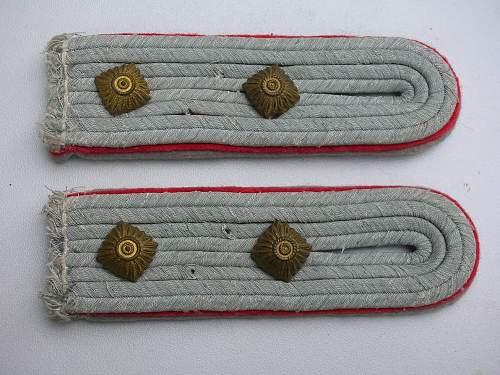 Artillery Reserve Captain Shoulder Boards?