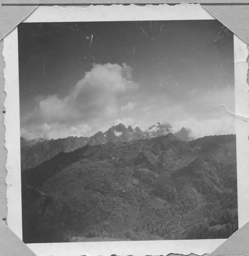 Click image for larger version.  Name:Bergmassiv im Kaukasus Herbst 1942 (778x800).jpg Views:138 Size:40.7 KB ID:632139