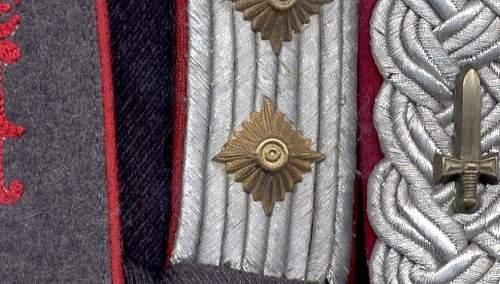 Click image for larger version.  Name:Reichskriegsgerichtsoberinspektor waffenfarbe.jpg Views:229 Size:144.7 KB ID:67650