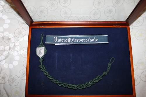 unteroffiziervorschule cuff title and lanyard