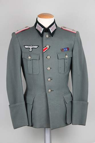 Help with Panzer tunic