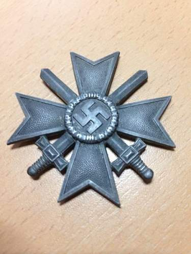 just a question (no picture) about some ww2 german medals