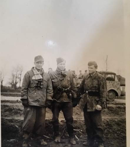 Need help identifying these uniforms