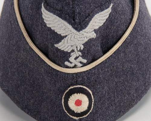 luftwaffe sidecap with white piping