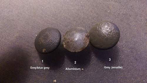 3 types of Feldbluse buttons