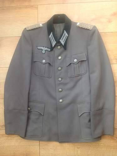 Click image for larger version.  Name:Heer Pioneers Majors tunic.jpg Views:107 Size:222.2 KB ID:771271