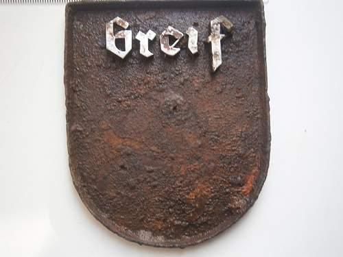 122 inf div emblem