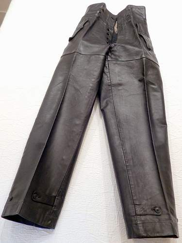 Click image for larger version.  Name:leather-12.jpg Views:51 Size:79.5 KB ID:773483