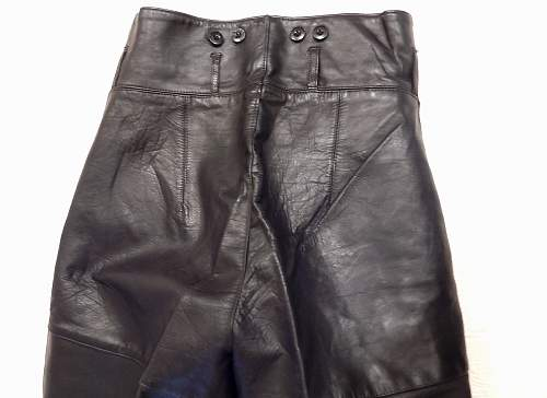 Click image for larger version.  Name:leather-15.jpg Views:62 Size:200.4 KB ID:773486