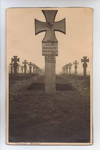 Click image for larger version.  Name:grave.jpg Views:29 Size:160.2 KB ID:780691