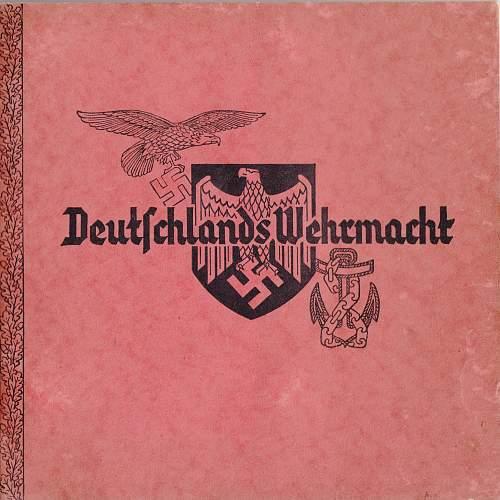 "Period book ""Deutschlands Wehrmacht"" with great colour charts"