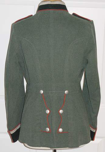 Click image for larger version.  Name:tunic1a.jpg Views:79 Size:176.3 KB ID:80386