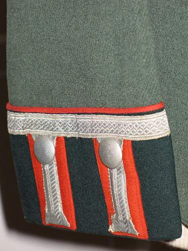 Click image for larger version.  Name:tunic6.jpg Views:99 Size:233.4 KB ID:80392