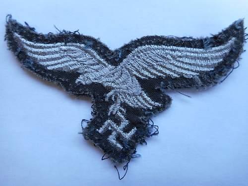 Luftwaffe eagle question