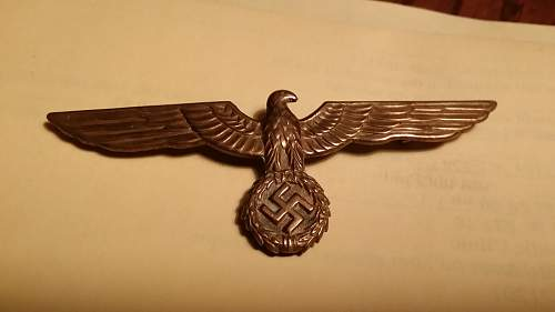 Kriegsmarine Officer's Breast Eagle needs opinion. Has odd pin attachment.