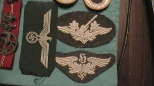 Pictures of badges and insignia