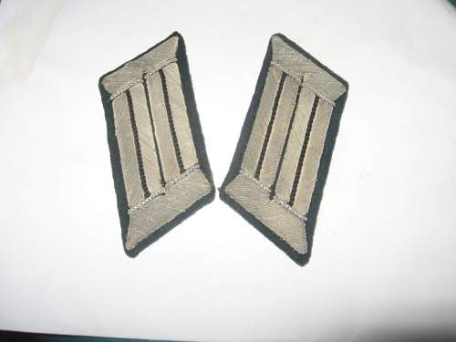Pioneer and panzer jaeger collar tabs and shoulder boards.
