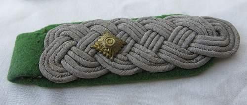 GJ Oberstleutnant shoulder boards