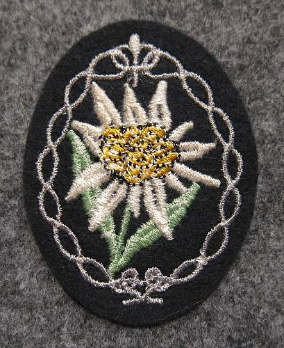 Heer Edelweiss Sleeve Patch and Hat Badge