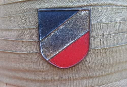 Question About Pith Helmet Tri Color Shield