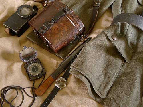 Learning to dress correctly... Late war Artillerie Hauptman & accoutrements