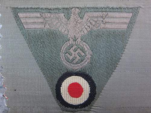 Heer trapezoid insignia