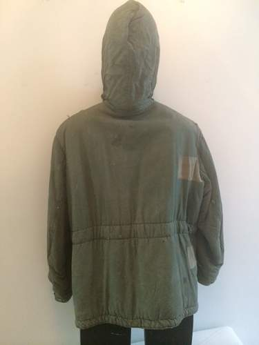 Click image for larger version.  Name:o_ww2-german-reversible-green-white-ss-winter-coat-orig-b475.jpg Views:16 Size:41.9 KB ID:901252