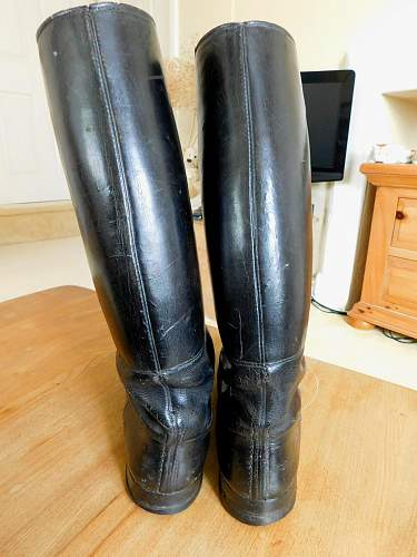 Click image for larger version.  Name:Boots.2.jpg Views:135 Size:213.5 KB ID:954999