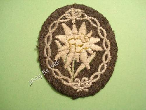 cloth sleev edelweiss original?