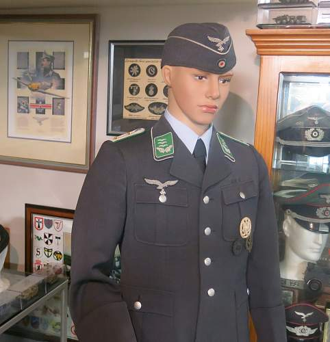 Click image for larger version.  Name:Luftwaffe Field Division Hauptmann 038.jpg Views:65 Size:208.2 KB ID:966041