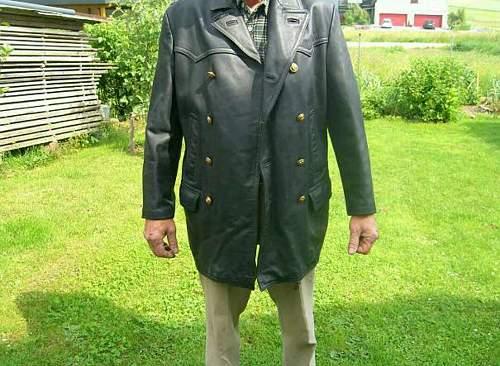 Kriegsmarine leathercoat?