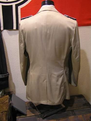 Kriegsmarine Khaki Tunic --- info needed....