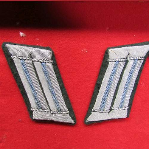 Help with collar tabs identification