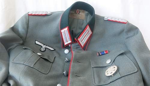 Click image for larger version.  Name:Artillery cap and tunic 012.jpg Views:35 Size:225.1 KB ID:989288