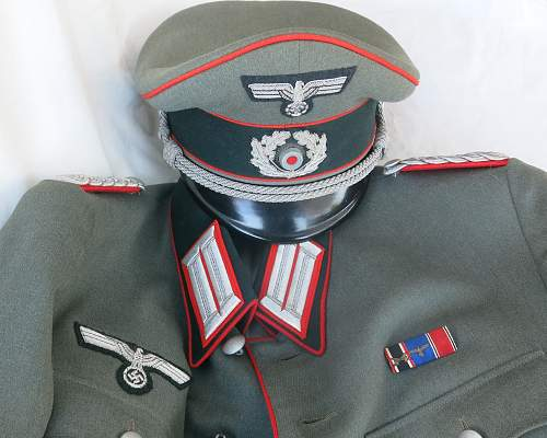 Click image for larger version.  Name:Artillery cap and tunic 025.jpg Views:34 Size:224.8 KB ID:989298