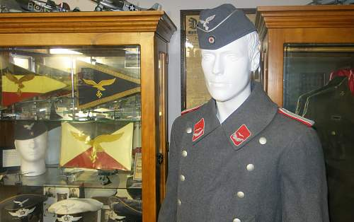 Click image for larger version.  Name:Flak Leutnant greatcoat 002.jpg Views:45 Size:222.4 KB ID:995041