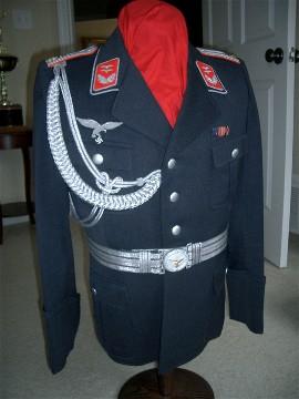 Name:  Luftwaffe_Oberleutnant_of_Flak_Tunic_7x.jpg Views: 152 Size:  29.7 KB