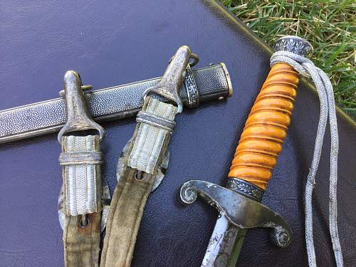 how to make a fake dagger