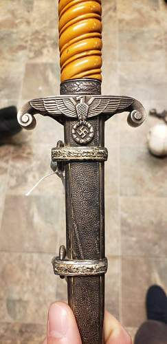 Heer Officers dagger, real or fake?