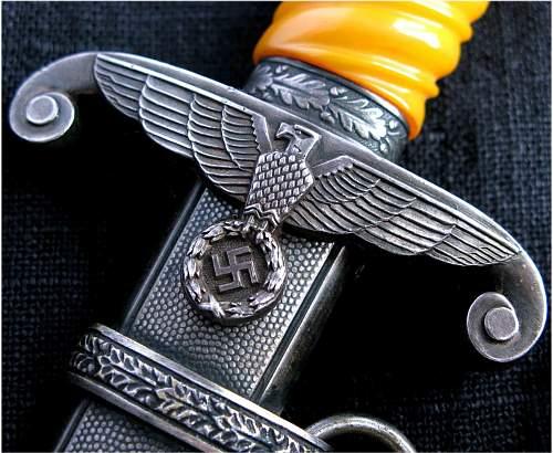 Click image for larger version.  Name:Heer Dagger 2 - 1 Gustav Spitzer.jpg Views:296 Size:254.3 KB ID:180078