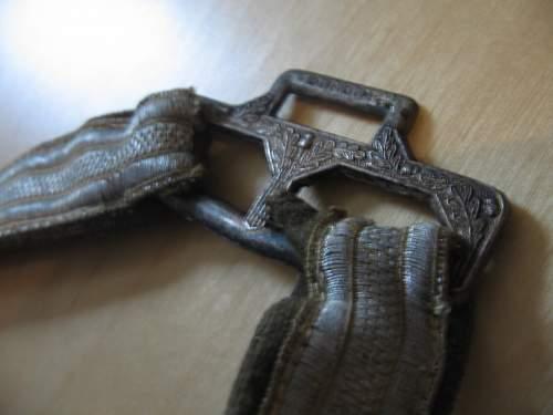 Heer Officer dagger-the real deal ???